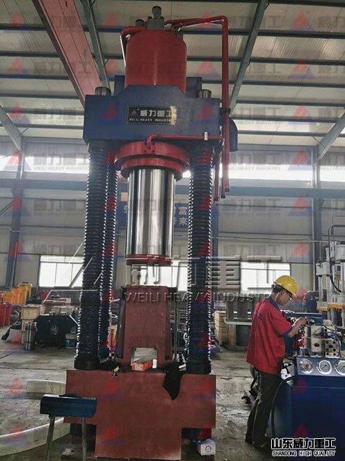 高密度金属xie压块机