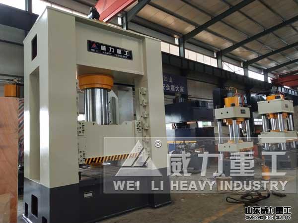 800吨框架式陶瓷粉末chengxing伺服液压机
