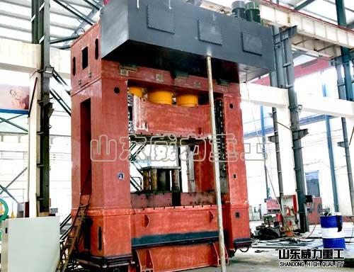 1250吨框架式压力机