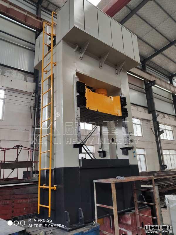 400吨框架式薄板冲压液压ji