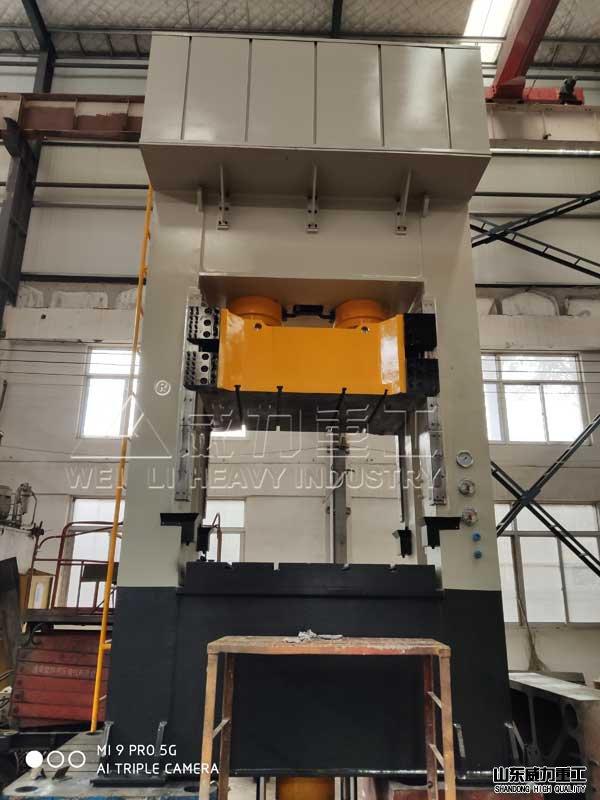 chukou型400吨框架式拉伸液压ji