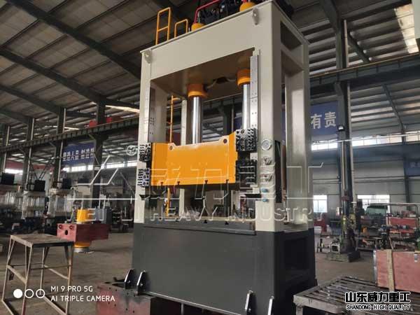 160吨kuang架式带液压垫拉伸机