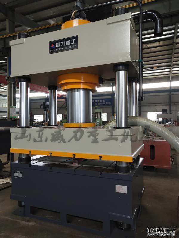 SMC线性排水沟成型四柱液压机